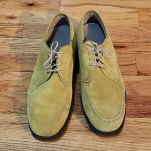 Yellow Suede Size 10 Mens Hush Puppies
